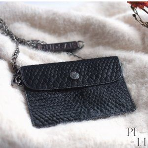 RUDSAK leather wallet with detachable wrist chain